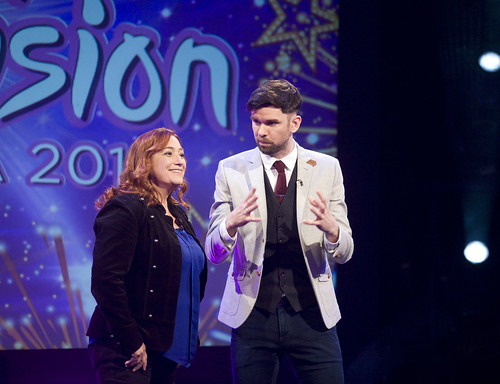 TG4 12-11-17@ 20.00 Junior Eurovision-  Eoghan McDermott &  Niamh Kavanagh as a guest judge,.