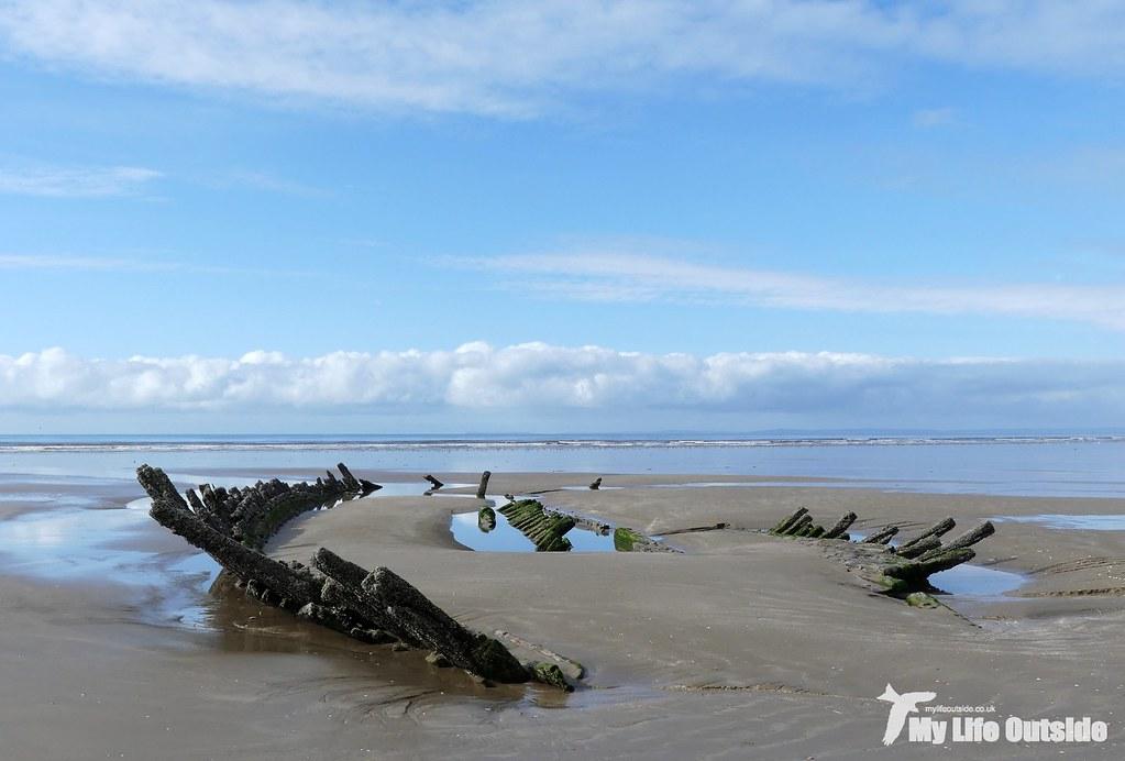 P1120543 - Shipwreck, Cefn Sidan
