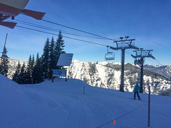 Skiing at Snoqualmie Pass