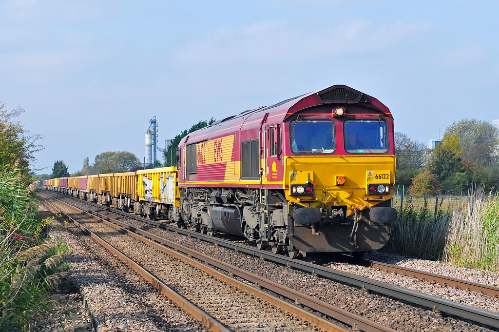 66122 seen at Denton working the 6N32 08.18 Earleswood to Hoo Junction Yard return engineers train on 15-10-17. Copyright Ian Cuthbertson