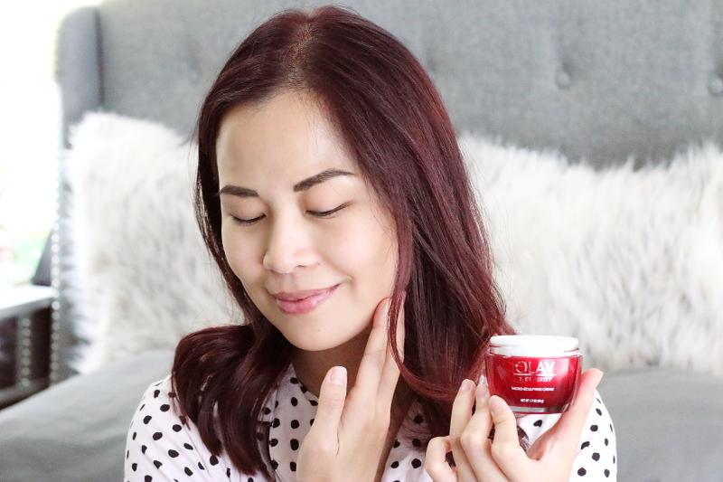 apply-olay-micro-sculpting-cream-moisturizer-face-5