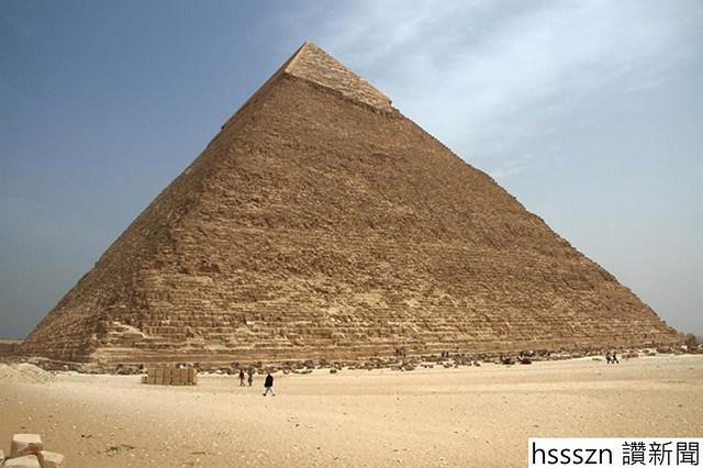grat-pyramid_1052_700
