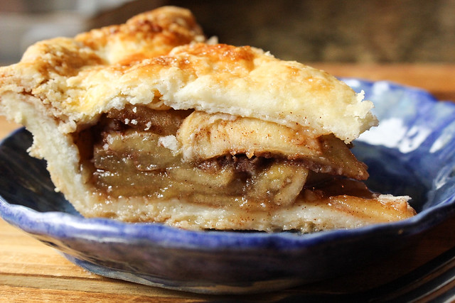 For The Love of Food: The Perfect Apple Pie with Suzie the Foodie