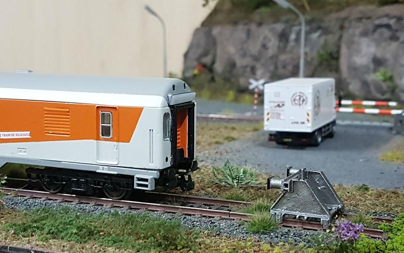 Train de relevage CFL [création personnelle] - Page 3 37374290522_3462cb6191_c