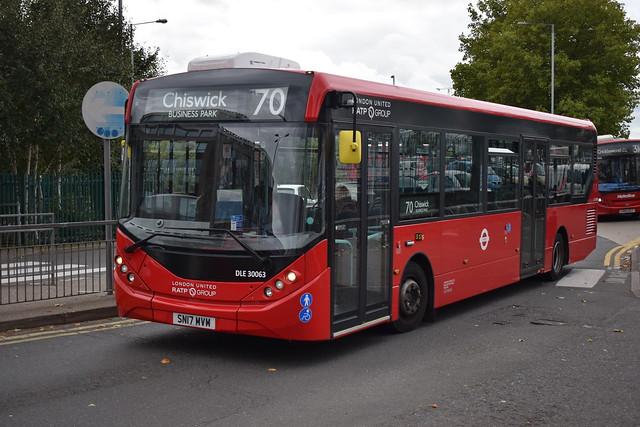 London United DLE30063 SN17MVM