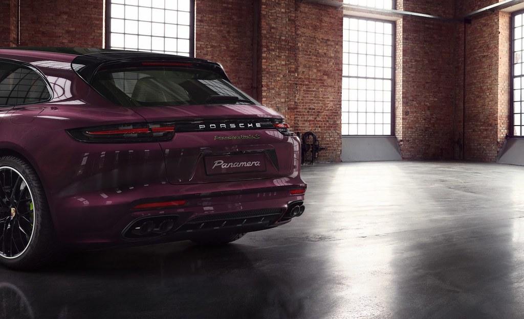 Porsche-Panamera-Turbo-S-E-Hybrid-Sport-Turismo-Exclusive-2