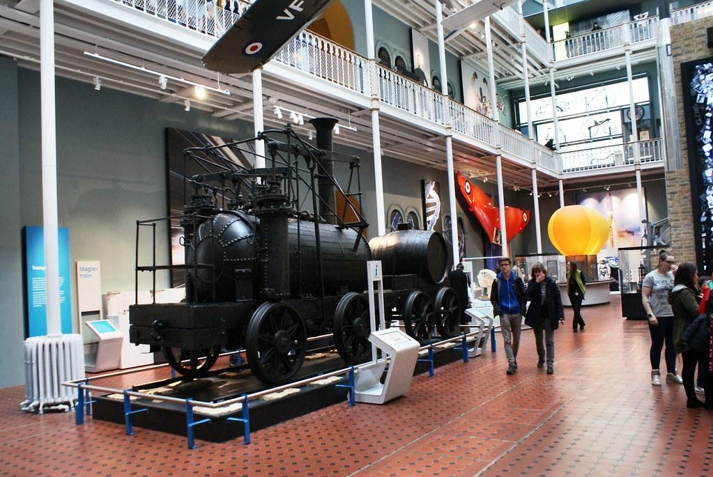 Locomotive à vapeur au Musée National d'Ecosse à Edimbourg