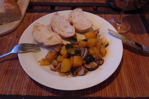 Restliches Grillgemüse mit Baguette