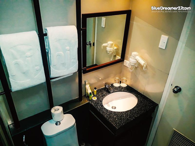 parque-españa-alabang-bath-room