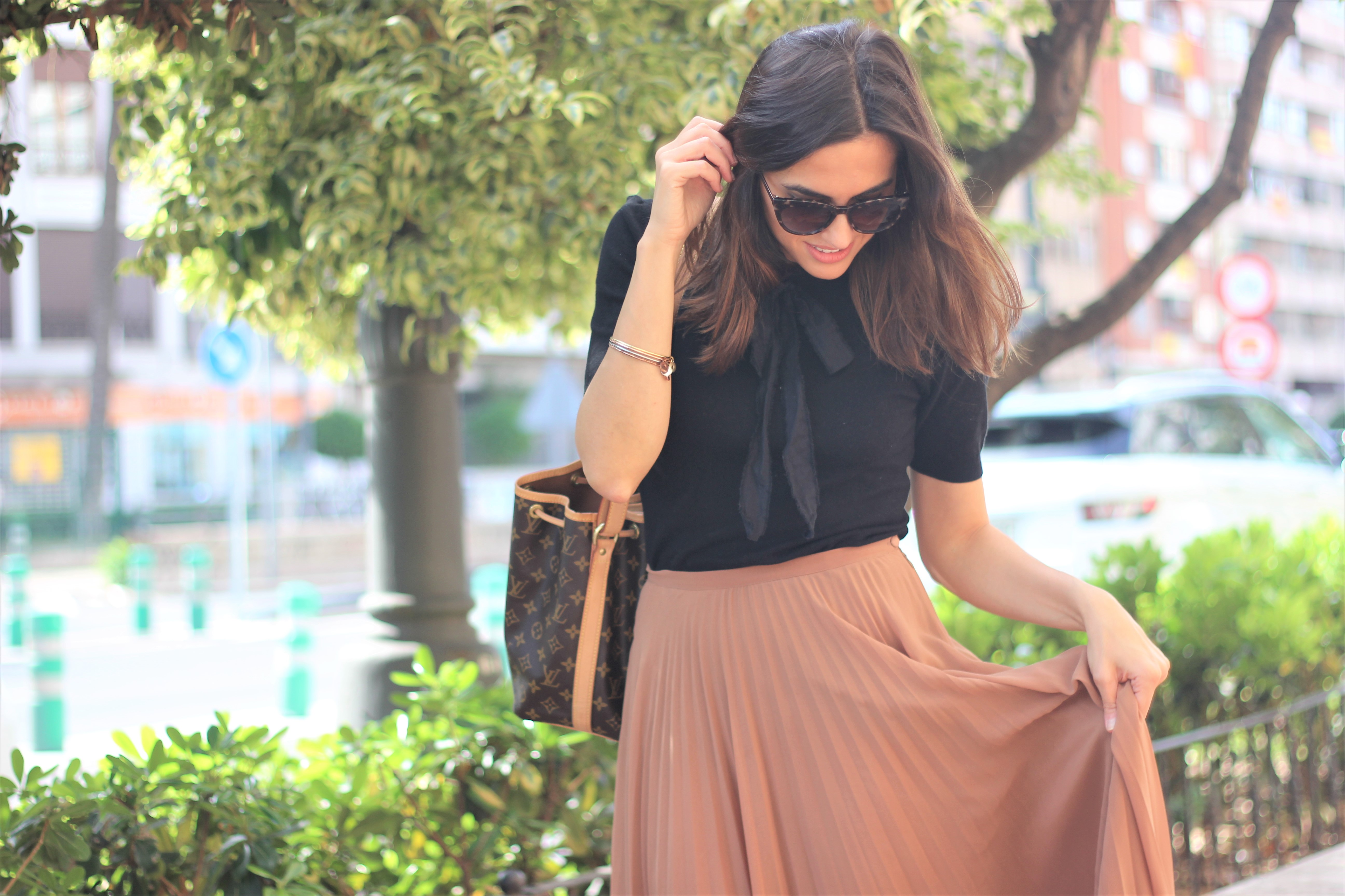 Falda plisada_ Rojo Valentino Blog (28)