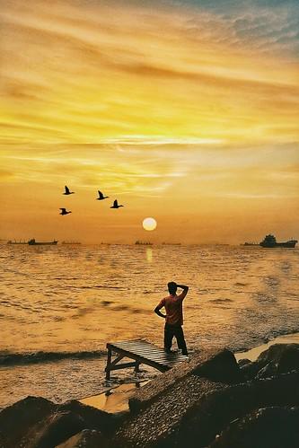 szphotogram mobilephotography smartphonephotography sunset beautifulbangladesh bangladeshiphotographer chittagong beautifulchittagong travelphotography streetphotography dhakagram mibileshot shotoftheday mobileclick ctgphotography