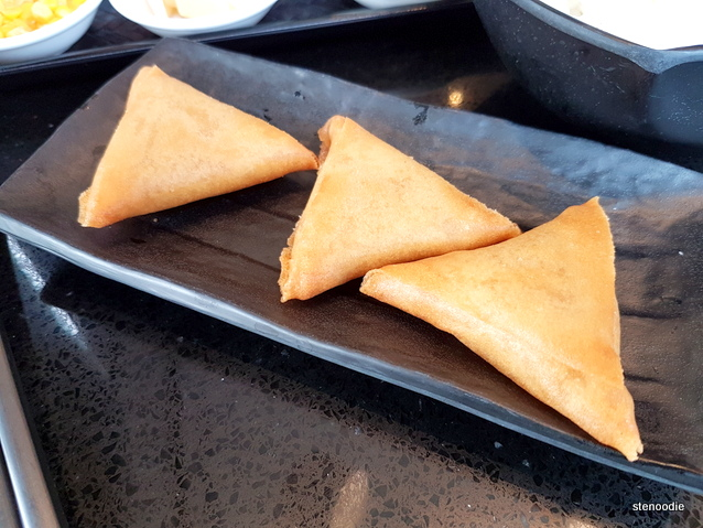 Crispy Golden Durian Pastry