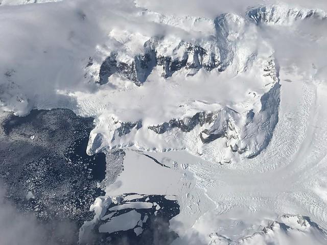IceBridge Launches Two Sets of Antarctic Flights