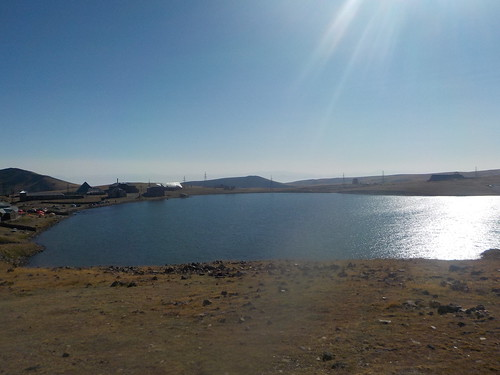 3450m地点の湖