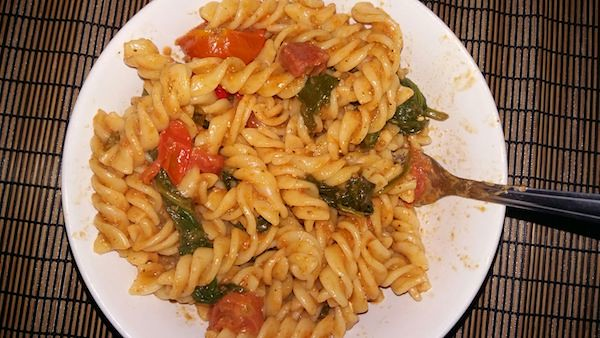 Spinach Chorizo red Pesto Fusilli
