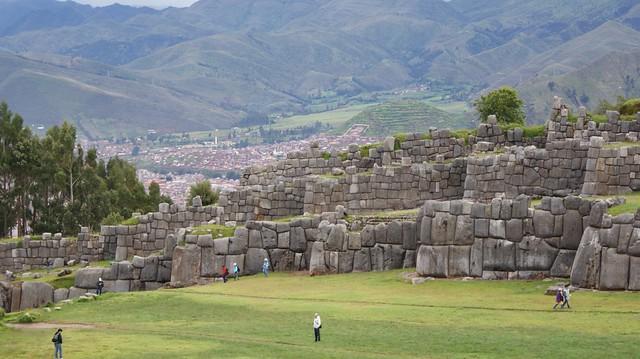 Перу, Саксайуман