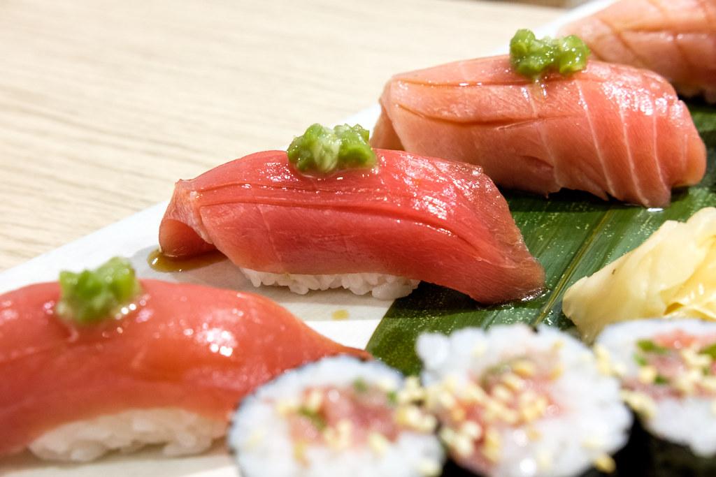 tsuke makuro nigiri sushi