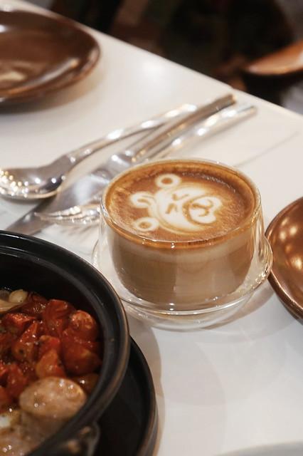 9.D'Ark Café at Piman 49, Bangkok