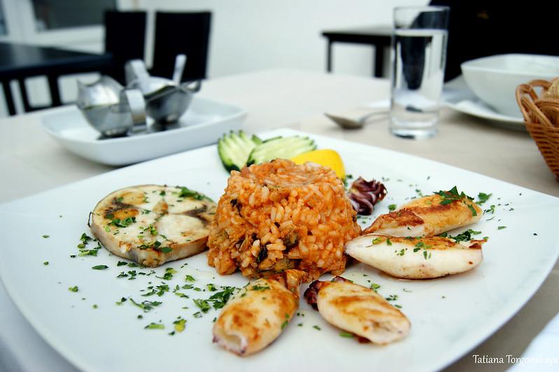 Морепродукты в ресторане