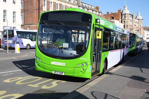 First Hampshire & Dorset 69555 BF12KWR