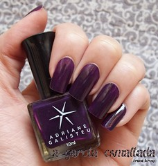 Esmalte  14 - Desert Queen, da Adriane Galisteu (Top Beauty).