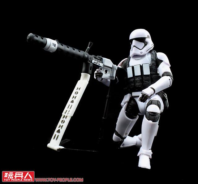 豪華裝備一次給你大滿足!孩之寶《星際大戰:最後的絕地武士》黑標6吋終極第一軍團風暴兵豪華版