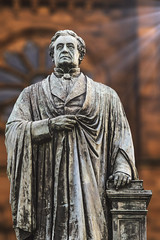 Joseph Henry Statue