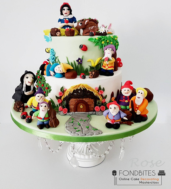 Snow White and Seven Dwarfs Cake by Rosalind Thomas of Sweetrose Bakes