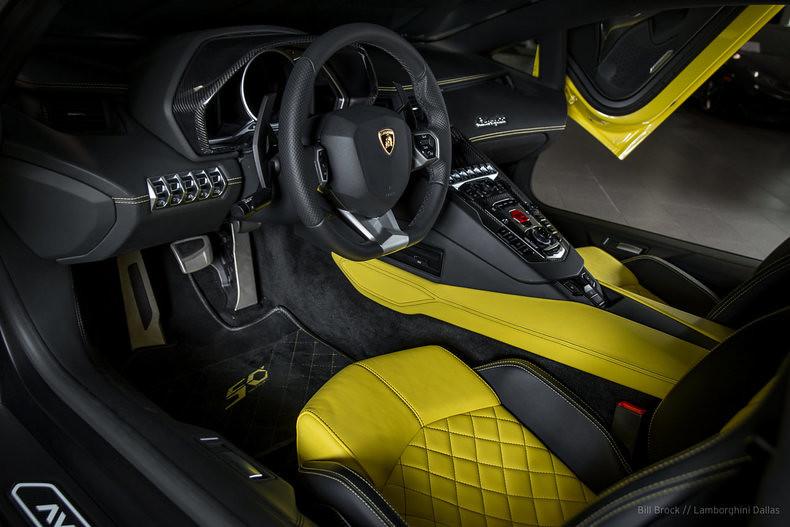 Lamborghini-Aventador-50th-Anniversario-For-Sale-9