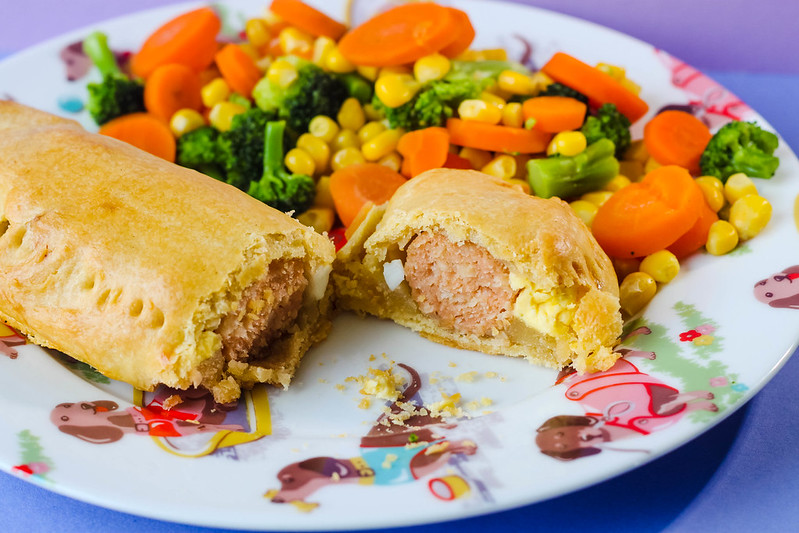 Homemade sausage and egg roll recipe