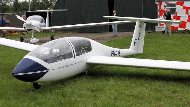 PH-718