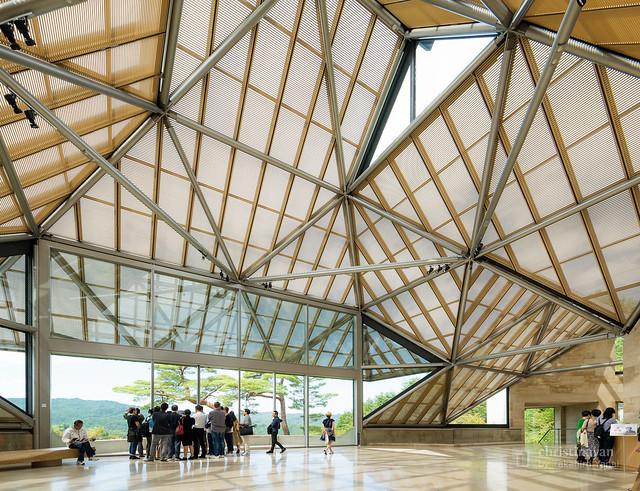 Lobby hall of Miho Museum (ミホ・ミュージアム)