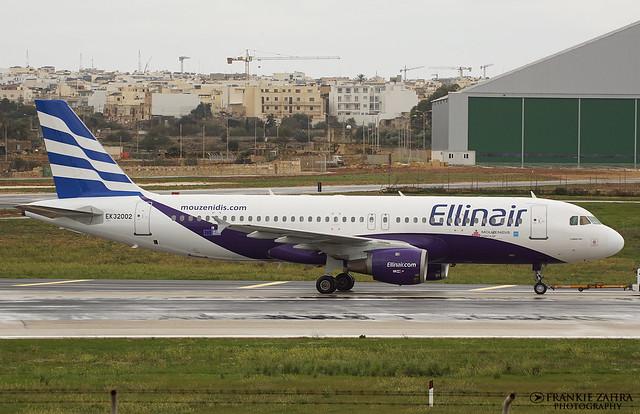Ellinair A320-211 EK-32002