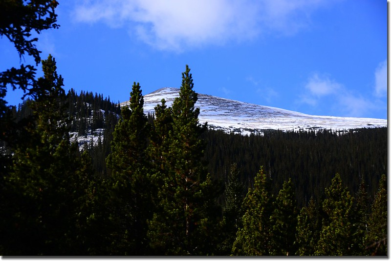 Sugarloaf Peak as seen from Hells Hole trail