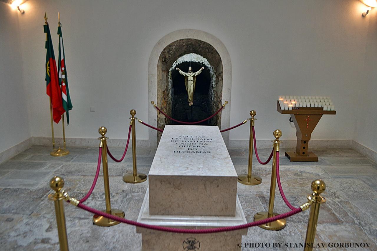memorial04