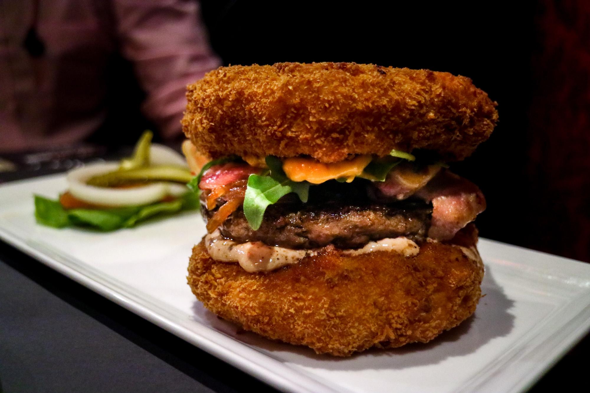 Cheesy-attack-burger-25degrees-darrenbloggie-2