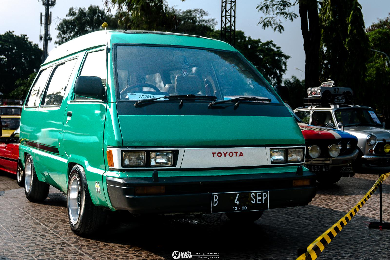 jakarta custom culture 2017