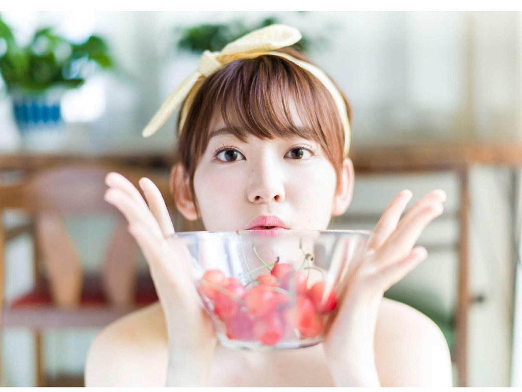 Hkt48 Miyawaki Sakura Gravure Daisuki Flickr