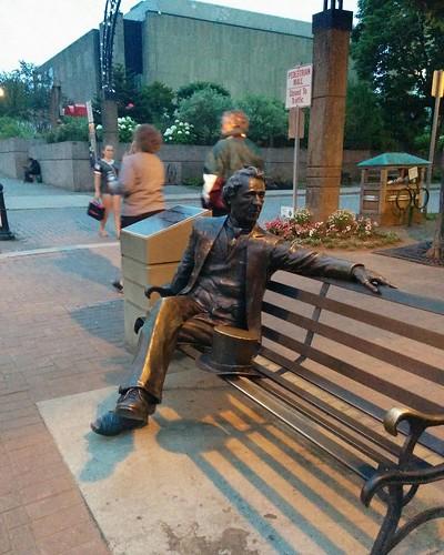 John A. MacDonald on his bench #pei #princeedwardisland #charlottetown #victoriarow #queenstreet #johnamacdonald #statue #latergram #canada