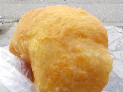 揚げクリームパンみたいな?ポンチェク