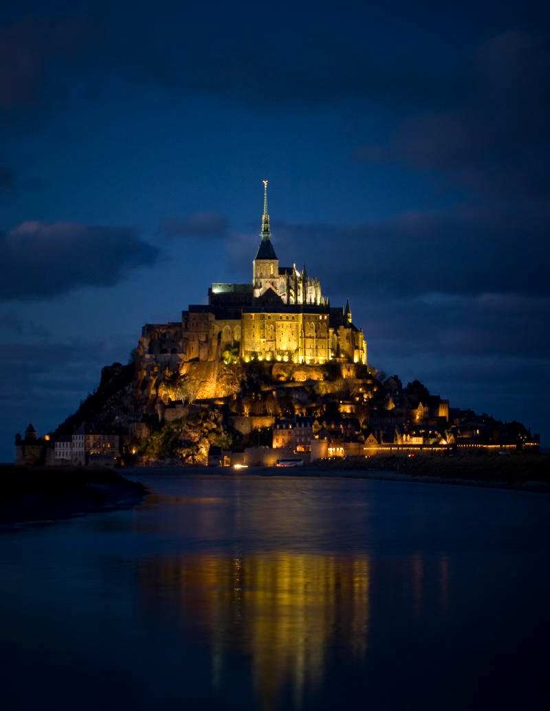 Le Mont St. Michel by night. Credit William Warby