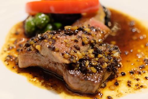 黒毛和牛のステーキ和チャイナ風