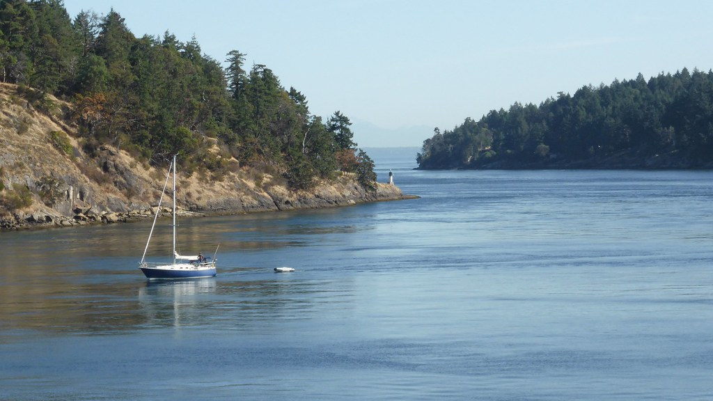 how to get to mayne island from vancouver