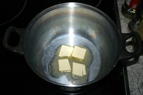 20 - Butter in Topf erhitzen / Melt butter in pot