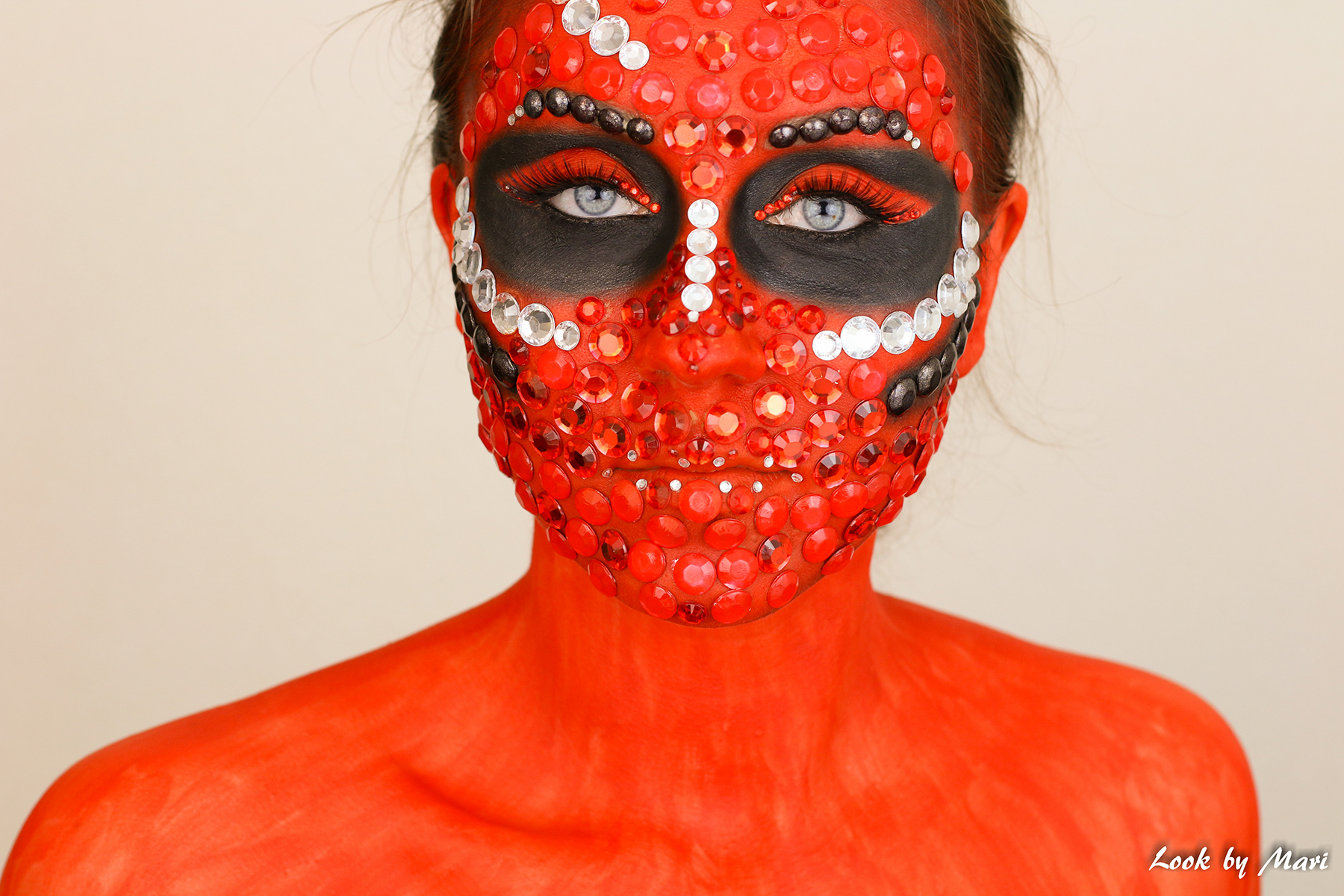 13 makeup art halloween costume ideas red glittery glitter pink ideas inspiration blog