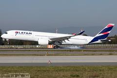A7-AMB Qatar Airways Airbus A350-941 (FRA - EDDF)