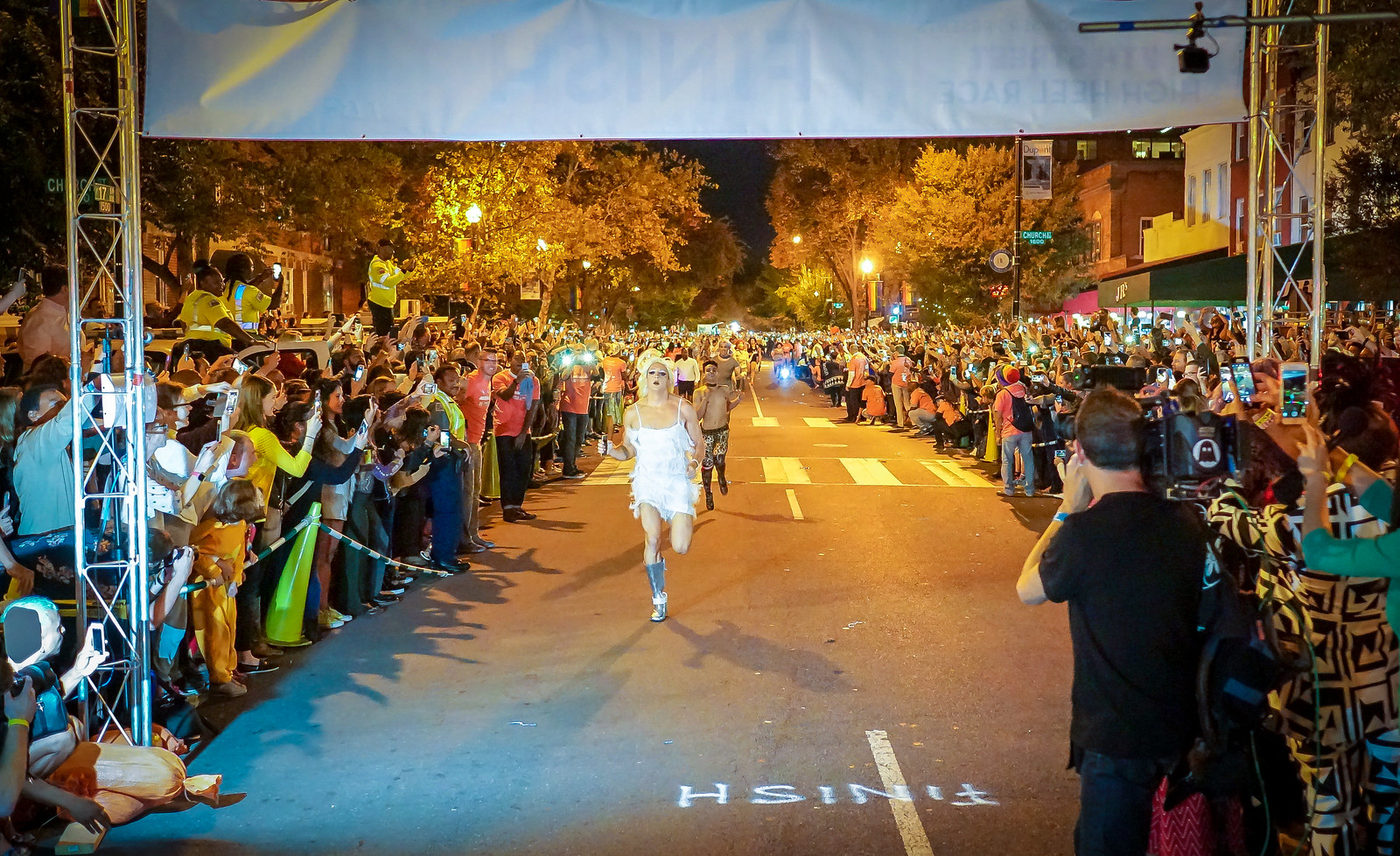 2017.10.24 Dupont Circle High Heel Race, Washington, DC USA 9991