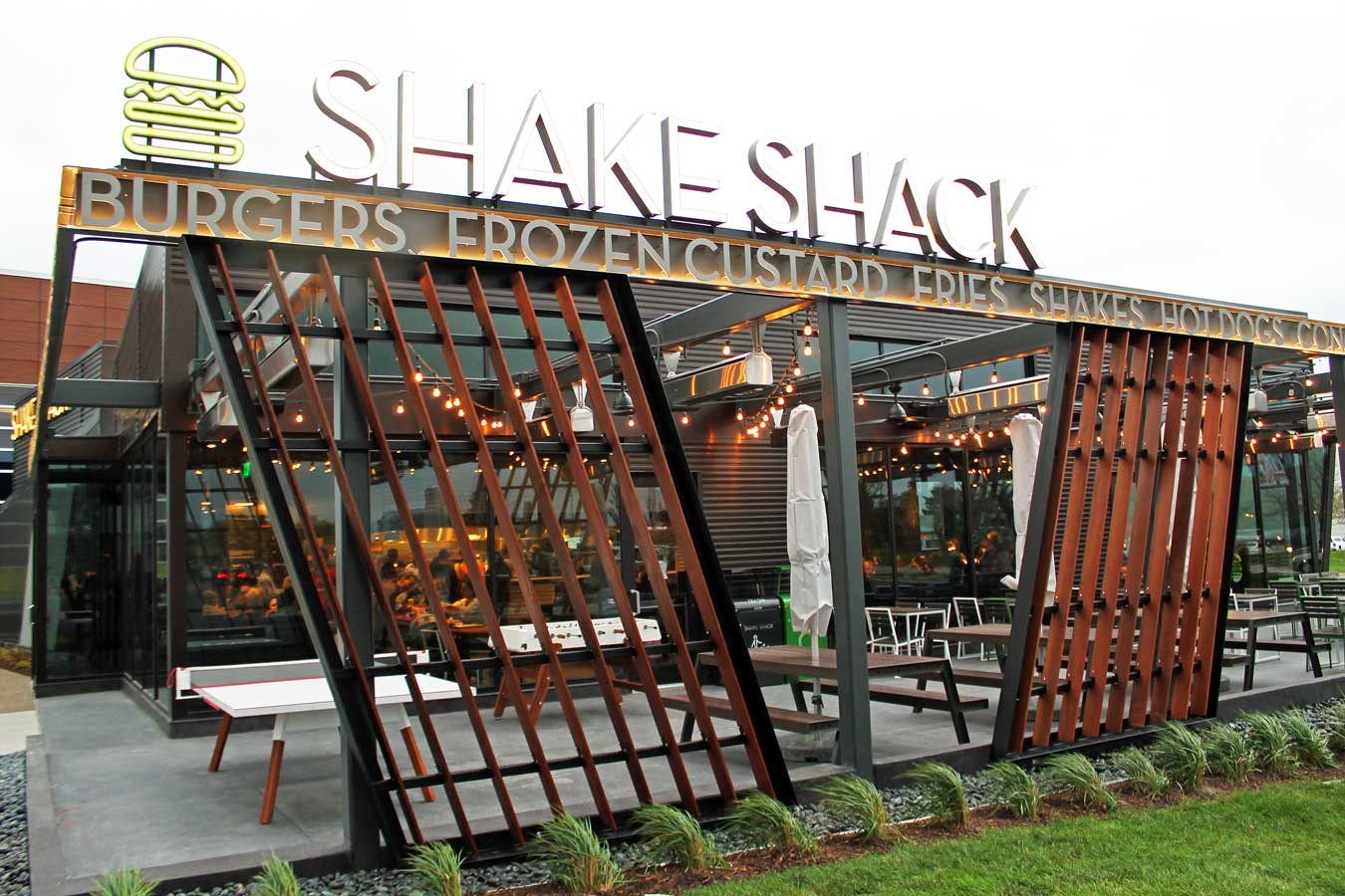 Shake Shack In Troy: Patio Dining, Foosball, And Sister Pie (Oh My) - via Wading in Big Shoes
