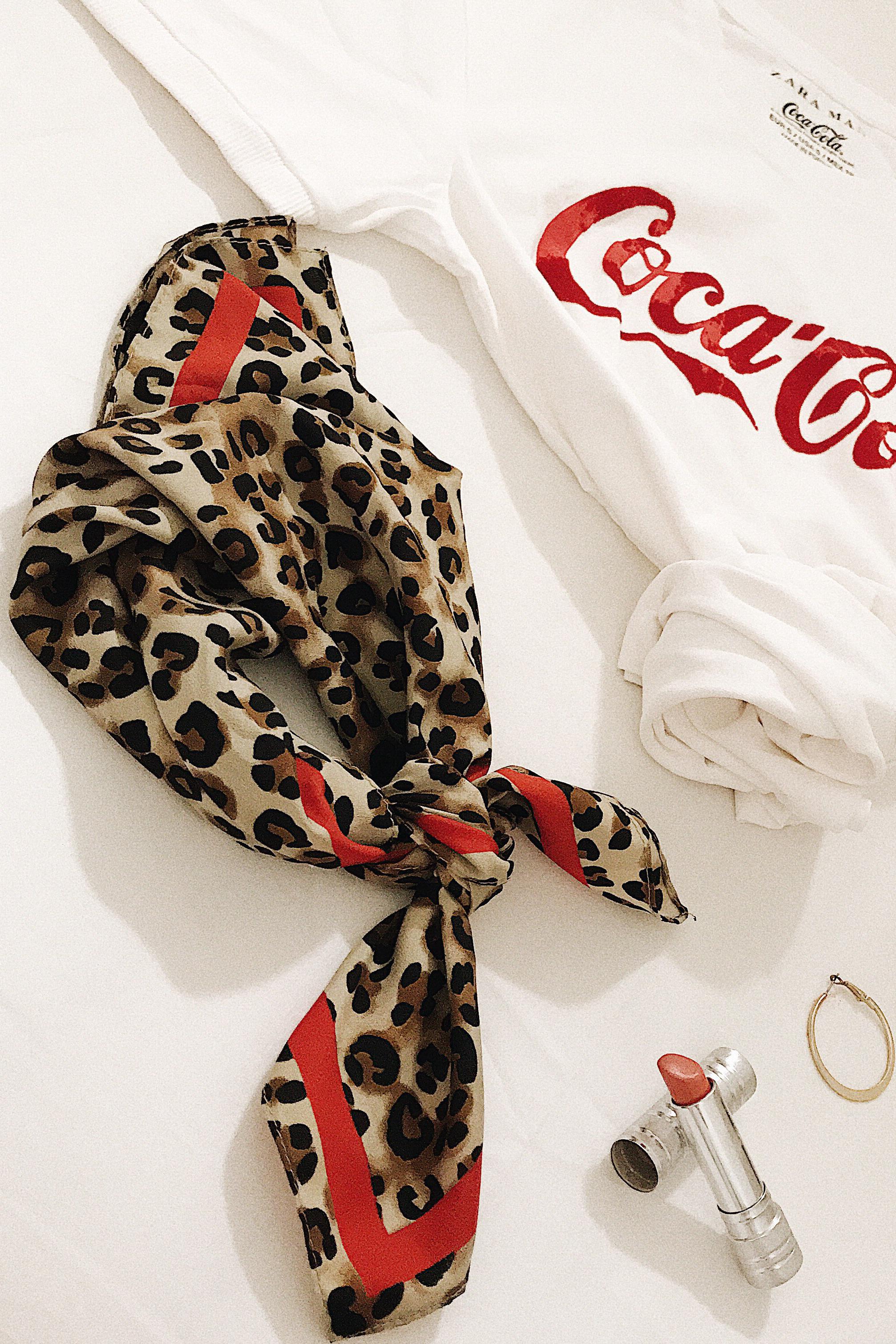 pañuelo estampado leopardo _zara