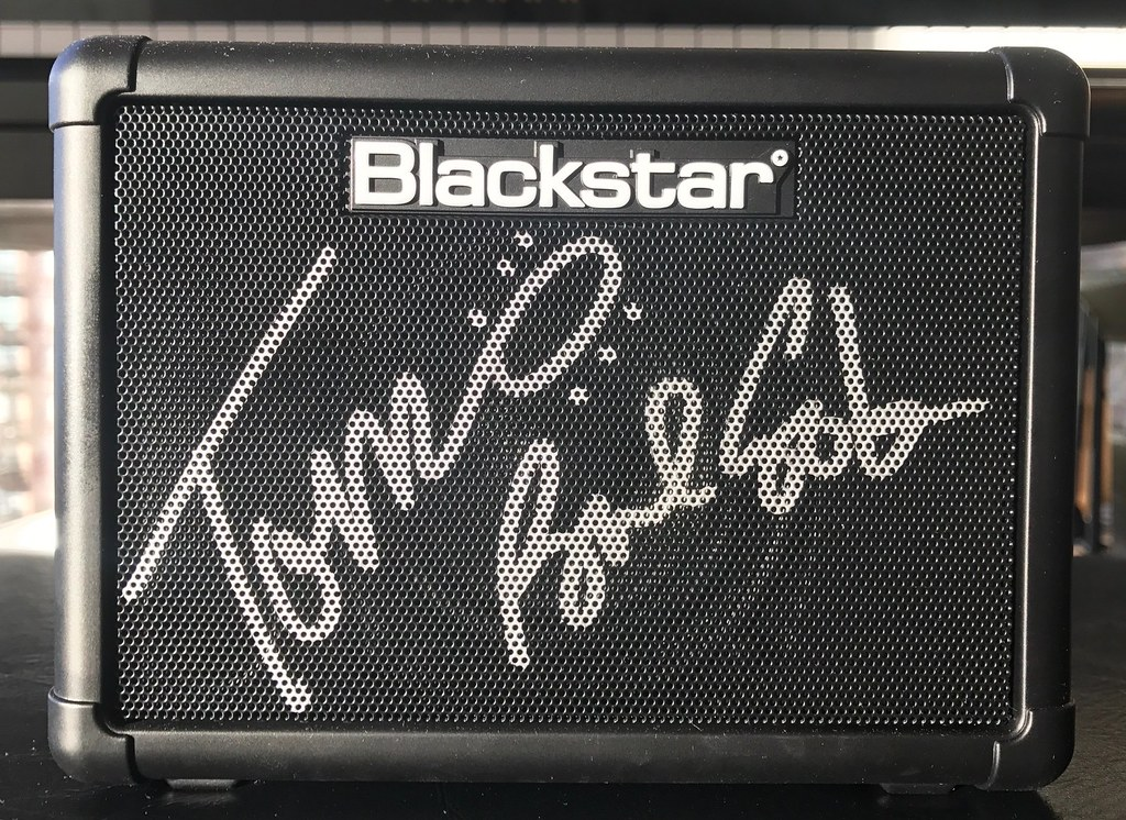 the_professionals_signed_blackstar_fly_3_mini_amp_giveaway